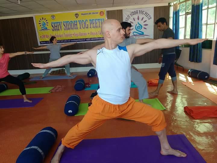 200 Hour Yoga Teacher Training Course in Himalayas Rishikesh India