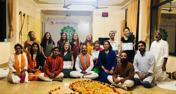 28 Days 200-Hour Integral Hatha Yoga Teacher Training in Rishikesh, India
