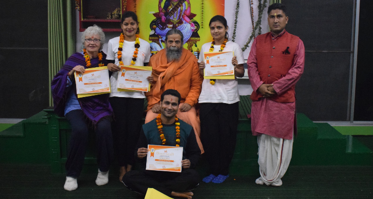 29 Days 300-Hours Multistyle Yoga Teacher Training in Rishikesh, India