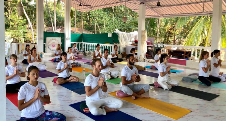 300 hour Hatha and Vinyasa Yoga Teacher Training in Goa, India