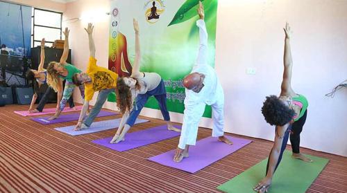 200 & 300 hr Ayurveda yoga teacher training course in Rishikesh India